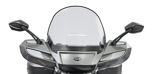 TRV550LTDwindshield