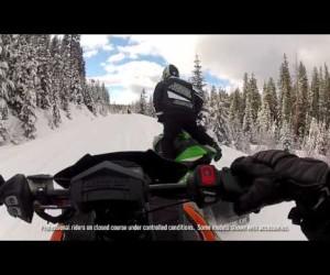 Видео обзор шасси спортивных снегоходов [eng]