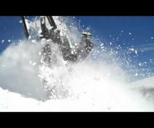 Arctic Cat M в действии на видео