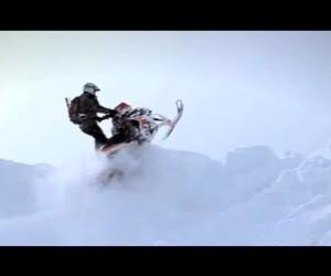 Видео обзор Arctic Cat M800 от Snowmobile