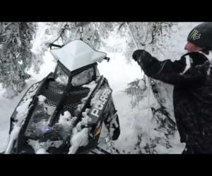 Видео тест весовых свойств горных снегоходов [eng]