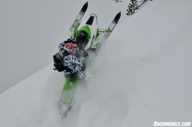2014-Arctic-Cat-M8000-HCR-Action-Whip