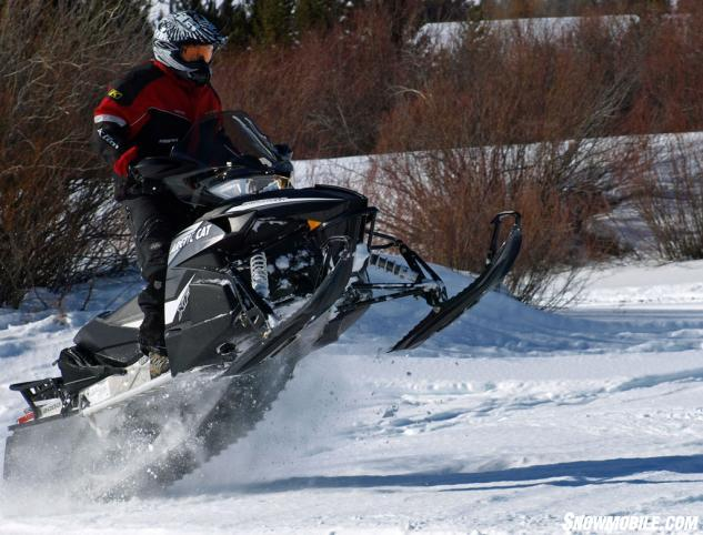 2014-Arctic-Cat-XF-7000-CrossTour-Action-Jump