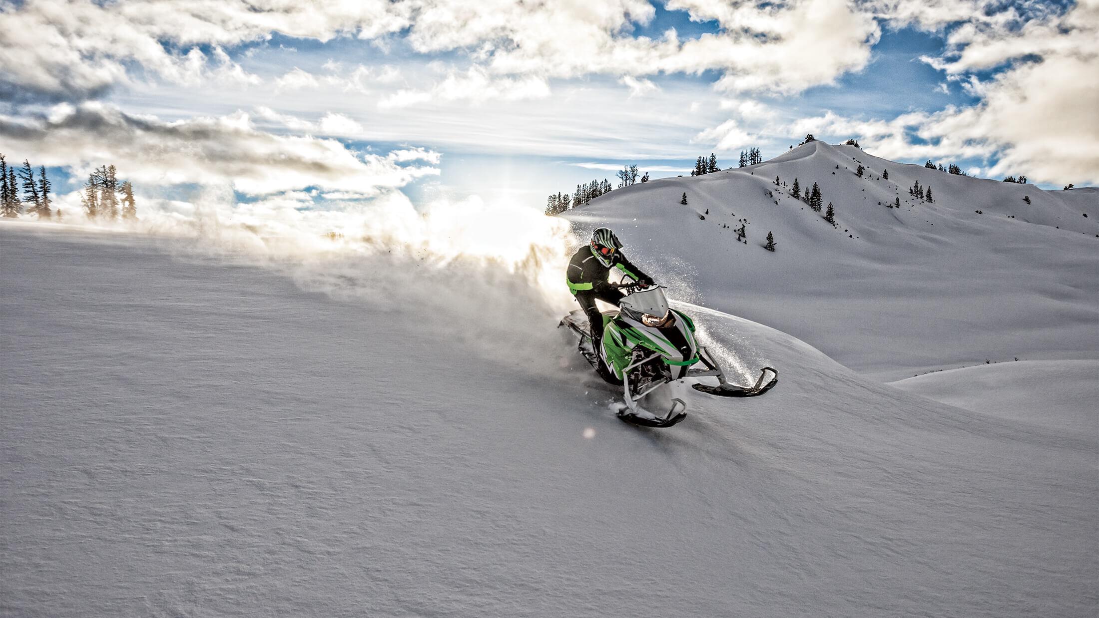 Сафари на снегоходах в горах