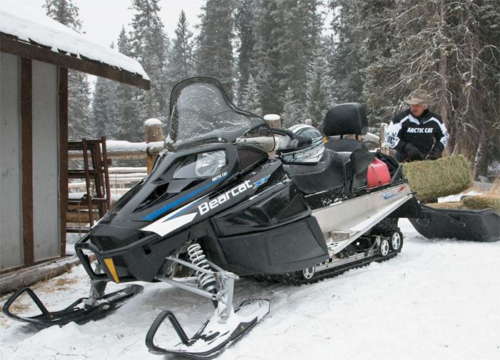 Мощные утилитарные снегоходы