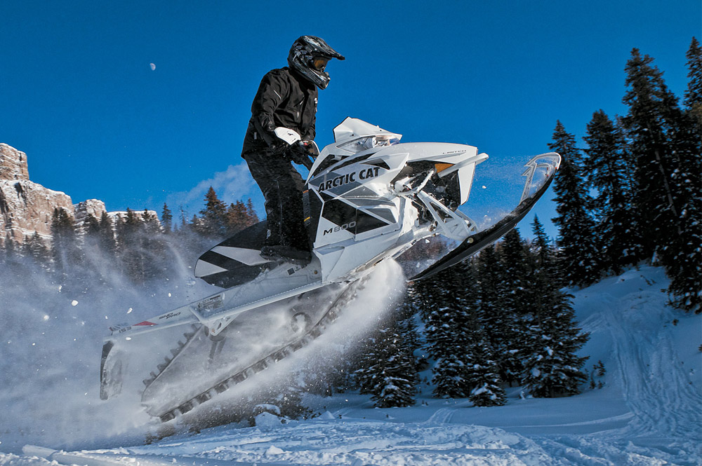 Экстремальные покатушки на снегоходах 2