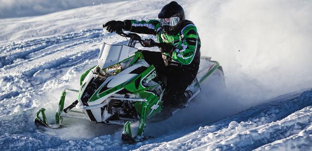 Передняя подвеска спортивных снегоходов