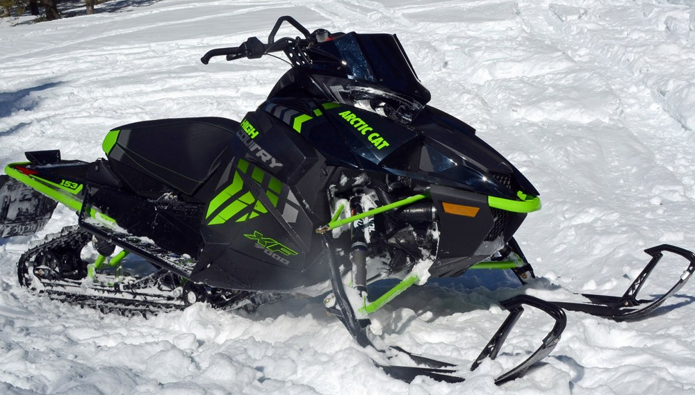 2017-arctic-cat-xf-9000-high-country-1000x569